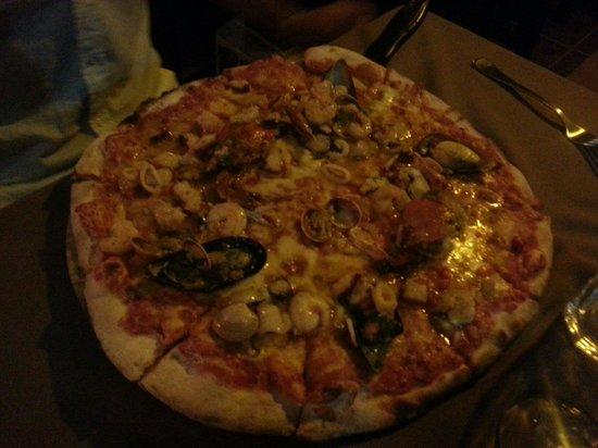 Donde Johann: Pizza au fruits de mer!!!