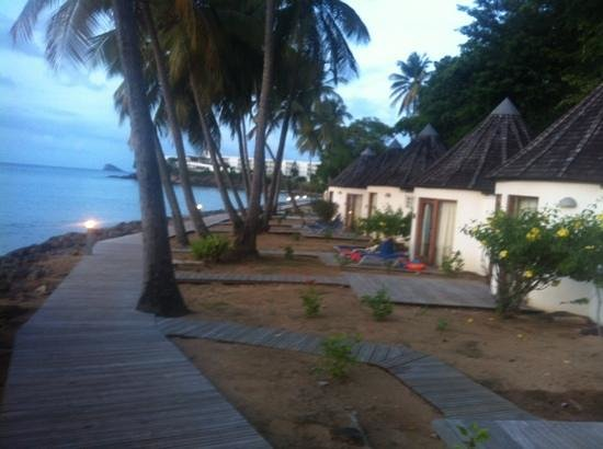 Langley Resort Hotel Fort Royal Guadeloupe : bungalow bord de plage