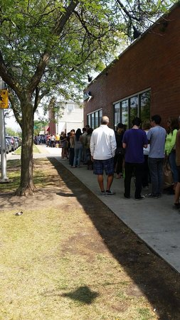Hot Doug's Inc. : The crazy long line..but it's worth it