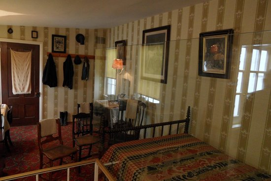 Ford's Theatre : Bedroom where Lincoln died