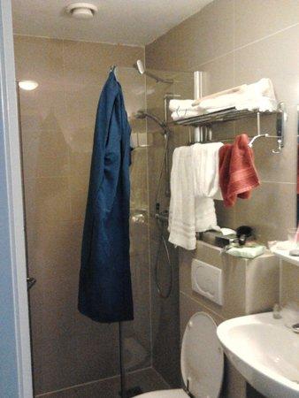 Hotel Central Park: stanza piccolissima