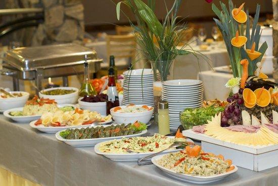 Alt Interlaken Hotel: Buffet