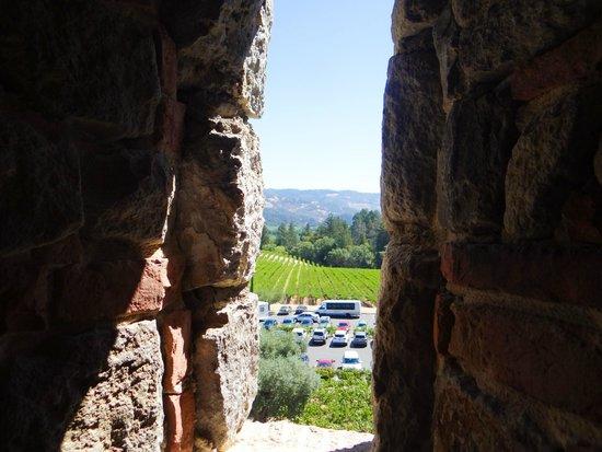 Castello di Amorosa: The window inside