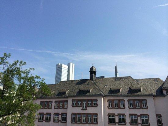 Le Meridien Frankfurt: Vue depuis la salle de fitness