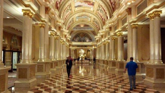 The Palazzo Resort Hotel Casino: When you arrive.