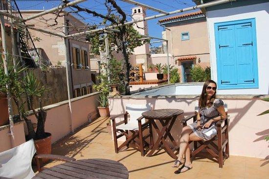 Amphora Hotel: На балконе