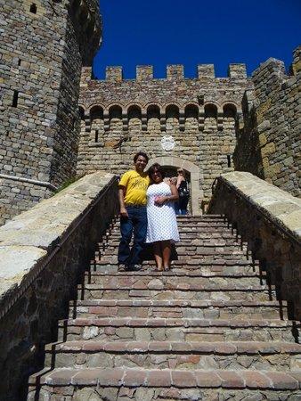 Castello di Amorosa: The entrance to the information centre