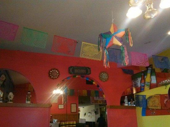 Salsas Mexican Restaurant: Love the decor