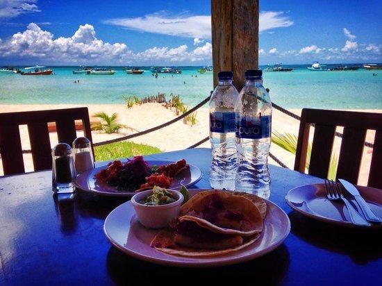 Lunch at ZAZIL HA on Playa Norte