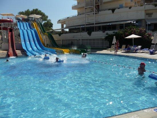 Louis Creta Princess Beach Hotel : The slides