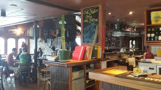 Cook Saddle Cafe & Saloon : Buzzing cafe and saloon