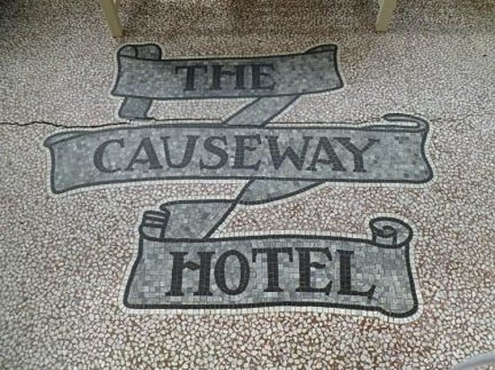 Causeway Hotel: In the entryway.