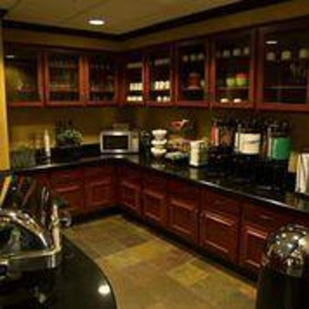 Homewood Suites by Hilton Columbia: Kitchen