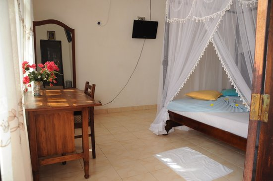 Thenu Rest Guest House: Room 3