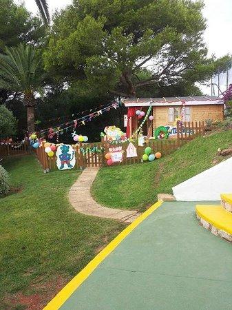 Globales Cala'n Blanes: Il Miniclub addobbato a Ferragosto
