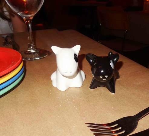 Jackie's on Corey Bistro & Catering: Different quirky designed salt and pepper shaker on each table