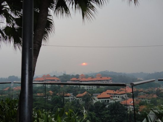Hilton Kuala Lumpur: Sunset View from Pool/Bar-B-Que