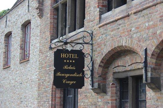 Relais Bourgondisch Cruyce - Luxe Worldwide Hotel : Am Wasser