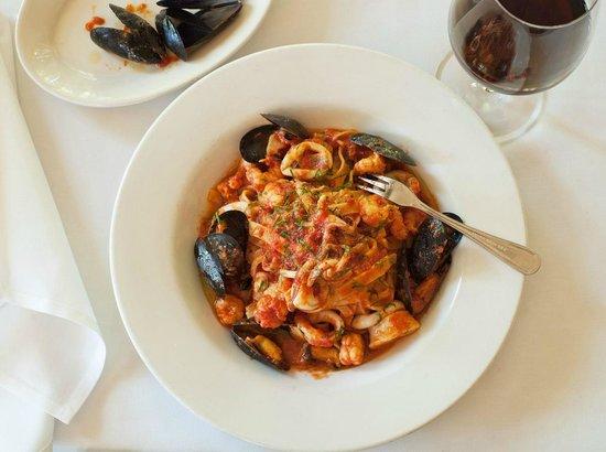 """Red Bar: Fettuccine """"aux Fruits de Mer"""" w/ Rock Shrimp, Mussels, Squid, Tomato, Saffron & Pastis"""