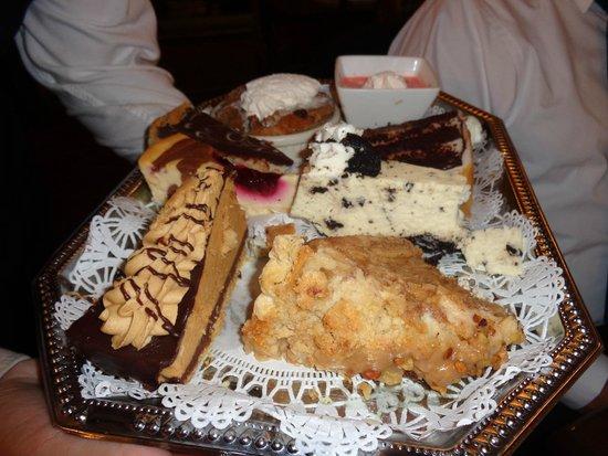 Red Coach Inn - Restaurant: Great desserts!