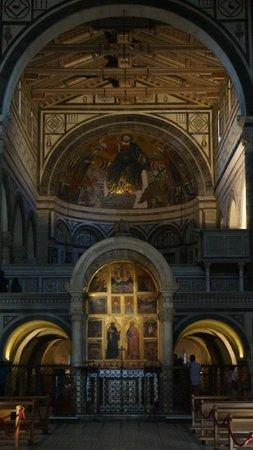 Basilica San Miniato al Monte: nef centrale