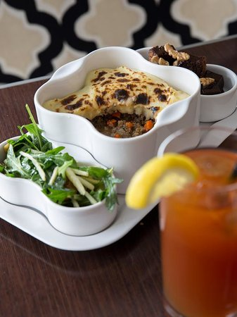 Paramour at Wayne Hotel : Shepherds Pie Business Express