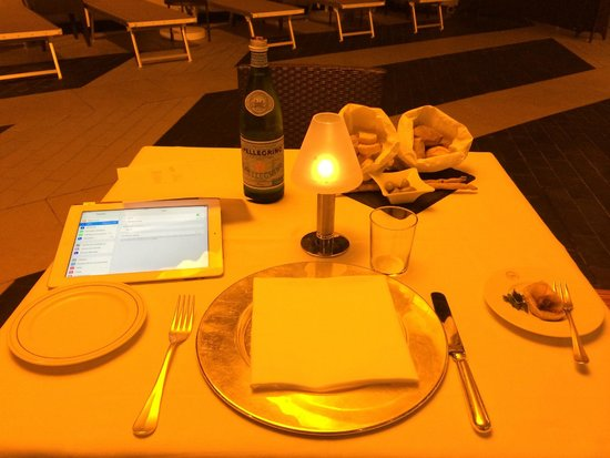 Four Points by Sheraton Catania Hotel & Conference Center: Dîner