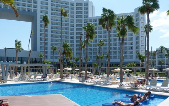 Hotel Riu Palace Las Americas: sister hotel peninsula