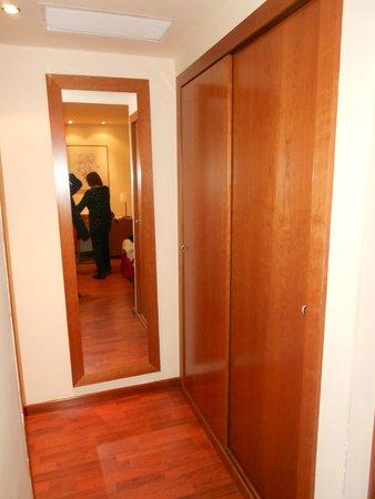 Hotel Aranea: Entrada do Quarto