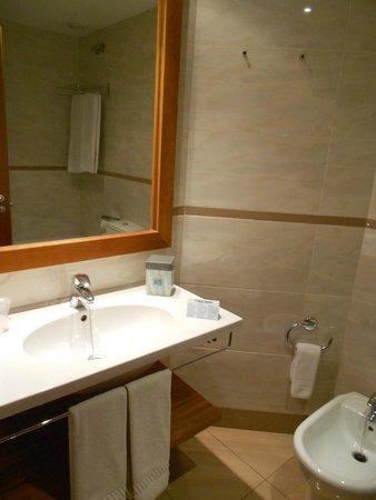 Hotel Aranea: Banheiro