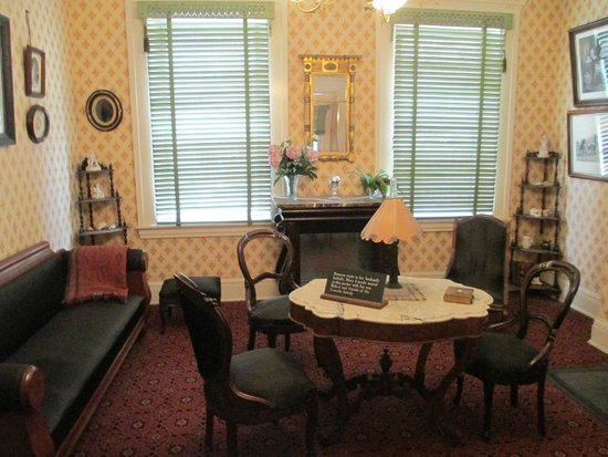Petersen Boarding House: Front parlor