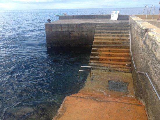 Quinta Da Penha De Franca: entrance to the ocean