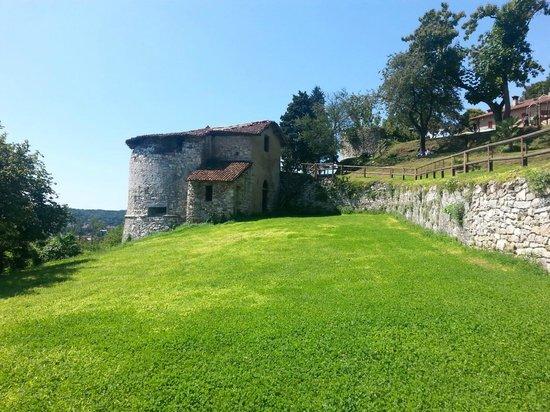 Rocca Borromea di Arona: La Rocca.