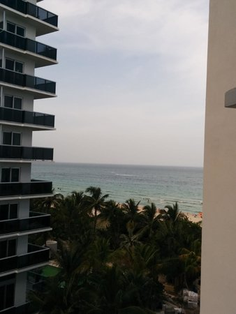 Courtyard Cadillac Miami Beach/Oceanfront: Beach as seen from hotel window.