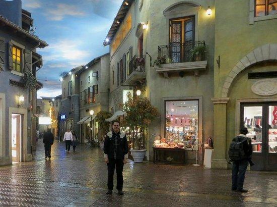 Montecasino : Tuscan village design