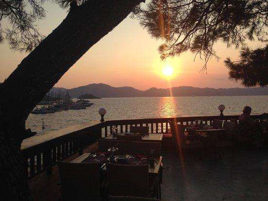 TUI SENSIMAR Marmaris Imperial Hotel: Sunset from restaurant