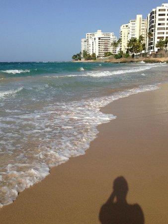 San Juan Marriott Resort & Stellaris Casino: beach in front of hotel