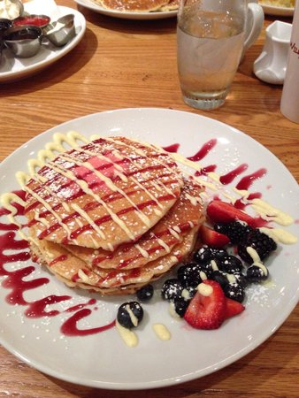 Wildberry Pancakes and Cafe : Gorgeous presentation