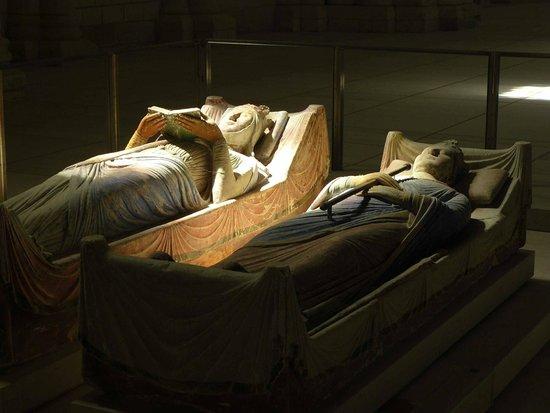 Abbaye Royale de Fontevraud : Alienor nella luce ed Henry nella sua ombra