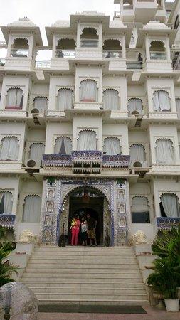 Hotel Udai Kothi: View at Entrance