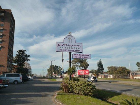 El Mirador Hotel and Spa: Cartel exterior