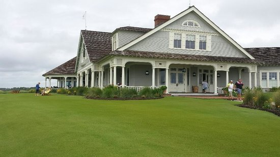 The Sanctuary Hotel at Kiawah Island Golf Resort: The Ocean Course Clubhouse