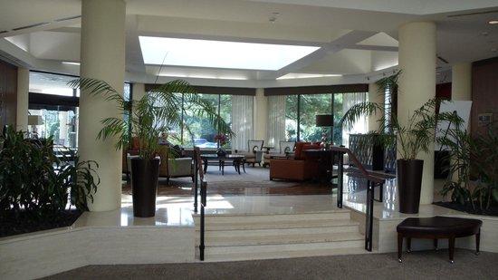 DoubleTree Hotel Boston/Bedford Glen: Come on inn