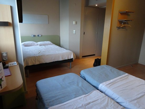 Chambre familiale picture of ibis budget thonon les bains thonon les bains tripadvisor - Chambre hotel ibis budget ...