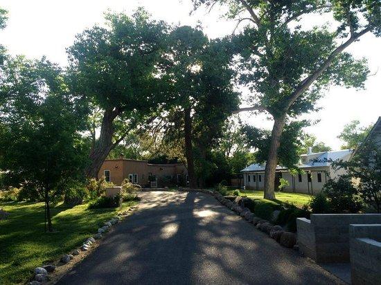 Los Poblanos Historic Inn & Organic Farm: View of the buildings