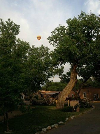 Los Poblanos Historic Inn & Organic Farm : Hot air balloon