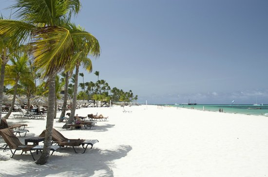 Secrets Royal Beach Punta Cana: Beach view