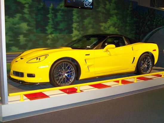 National Corvette Museum : Just as gorgeous off today's asembly line.