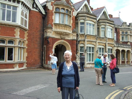 Bletchley Park: Mum outside the Mansion