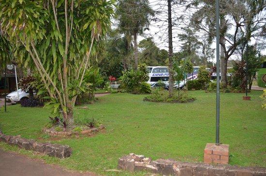 Hotel Tropical: Jardines